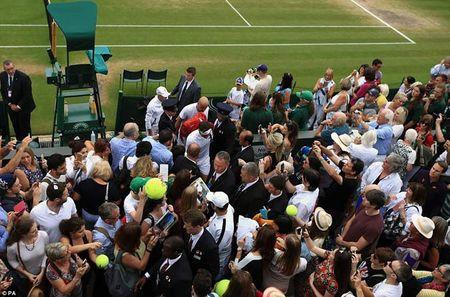 Wimbledon: Hoang gia Anh va dan VIP khung xem Federer - Cilic - Anh 9