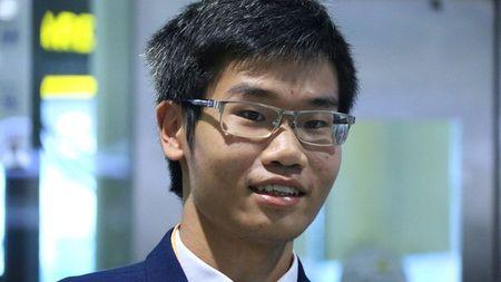 Ba chang trai Vang Hoa hoc: Qua nhieu bat ngo va dac biet - Anh 2