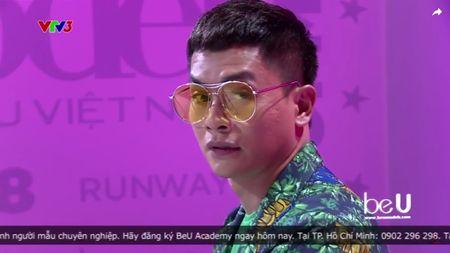 Vietnam's Next Top Model: Het thi sinh den giam khao mau thuan, cai va vi benh hoc tro - Anh 4