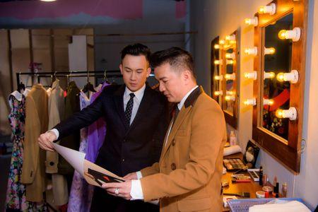 Thu Minh hao huc voi liveshow Bolero 'khung' cua Dam Vinh Hung - Anh 11