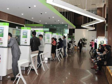 Vietcombank duoc thanh lap ngan hang 100% von tai Lao - Anh 1