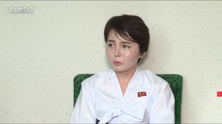 Thanh ca si noi danh o HQ, co gai Trieu Tien van quay ve nuoc - Anh 1