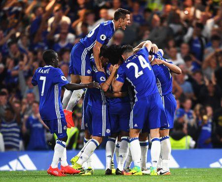 Aubameyang va nhung diem den tiem nang nhat: Chelsea vuot mat tat ca - Anh 12