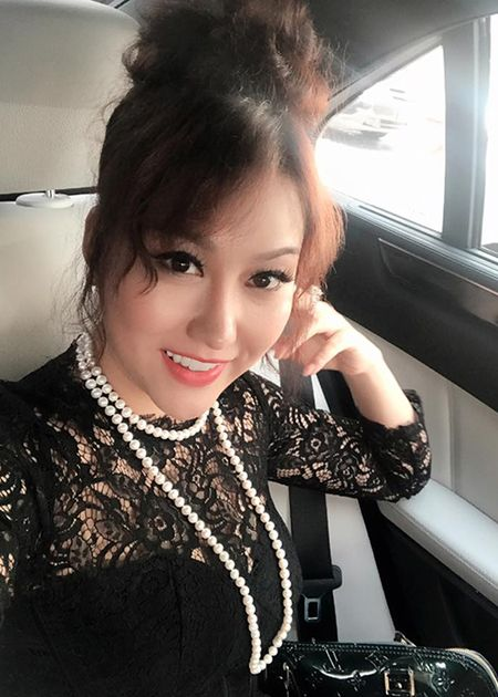 Phi Thanh Van lo dien sau 21 tieng phau thuat tham my - Anh 8