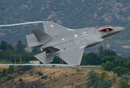 Tho Nhi Ky da co sieu co F-35, phien quan IS coi chung - Anh 5