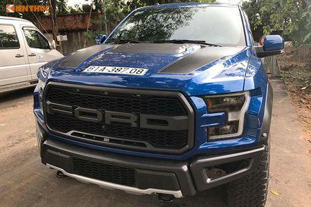 Ford F-150 Raptor gia 5 ty dong dang ky tai Binh Duong - Anh 2