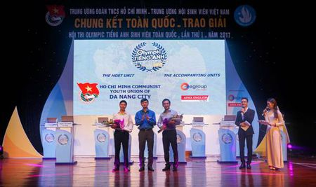 Chung ket Olympic tieng Anh toan quoc 2017 - Anh 2
