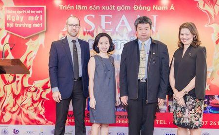 Trien lam ASEAN Ceramics 2017 phuc vu thi truong Dong Nam A - Anh 1