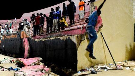 Senegal: Giam dap tai san van dong, it nhat 68 nguoi thuong vong - Anh 1