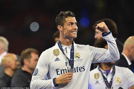 Tu Roger Federer den Ronaldo: Nhung 'ong gia' vi dai thong tri the thao the gioi - Anh 2