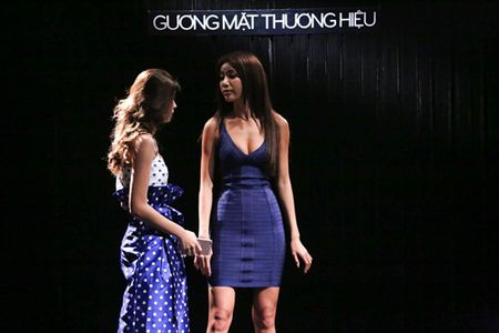 The Face: Minh Tu bat khoc truoc dien xuat xuat than cua Truc Anh - Anh 2