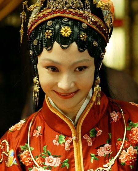 Het ngoai tinh voi 'Duong Tang', sao 'Tan Hong lau mong' lai hen ho voi dai gia - Anh 5