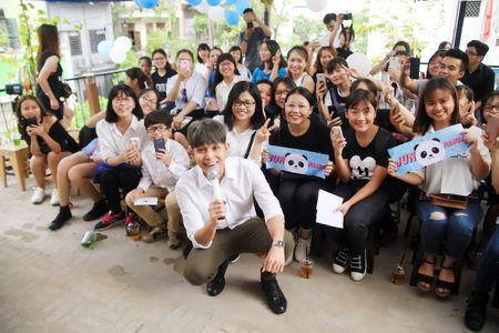 Jun Pham ke ve bi mat nu hon danh cho Thanh Duy trong 'Co gai den tu hom qua' - Anh 5