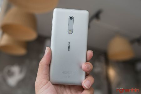 Danh gia Nokia 5: ngoai hinh ua nhin, hieu nang hoi duoi - Anh 3