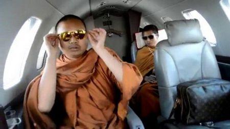 Thai Lan dan do nha su bi truy na tron o My - Anh 1