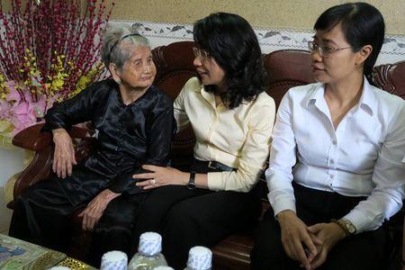 Trich ngan sach 42 ti dong tri an Me Viet Nam anh hung, gia dinh chinh sach - Anh 1