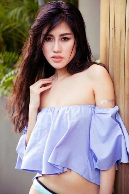 Chon phu kien ket doi voi bikini - Anh 2