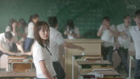 Bom tan 'School 2017' gay xon xao voi trailer day hap dan - Anh 1