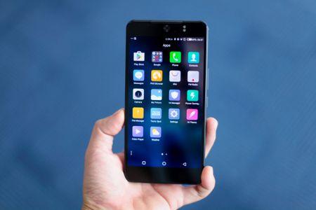 Smartphone chup selfie 16 MP gia 4,9 trieu dong tai Viet Nam - Anh 3
