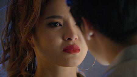 Phuong Trinh Jolie de biu Minh Hang vi nhay sap san khau - Anh 3