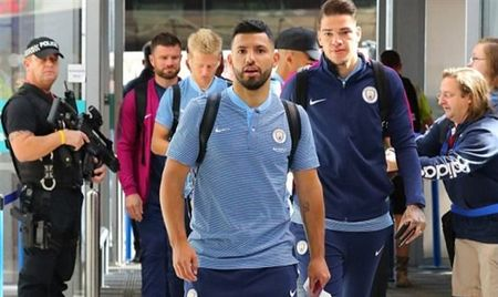 Walker van chua that su hoa nhap voi Man City? - Anh 7
