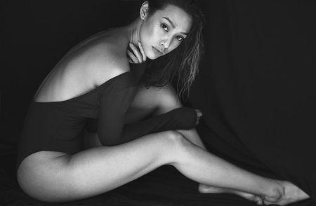 Mau Viet kieu Lily Nguyen khoe 'dui da tang' goi cam - Anh 1