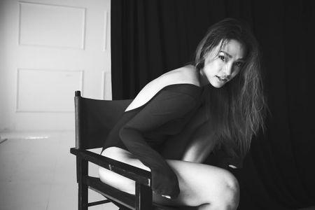 Mau Viet kieu Lily Nguyen khoe 'dui da tang' goi cam - Anh 4