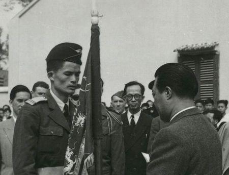 Anh doc ve cuu hoang Bao Dai o Lang Son nam 1950 - Anh 2