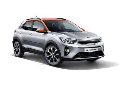 Hyundai Kona bo xa Kia Stonic ve so luong don dat hang - Anh 1