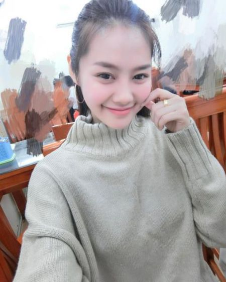 Thay vo cu Lam Vinh Hai phau thuat tham my, Linh Chi cung gay soc voi khuon mat khac la - Anh 3