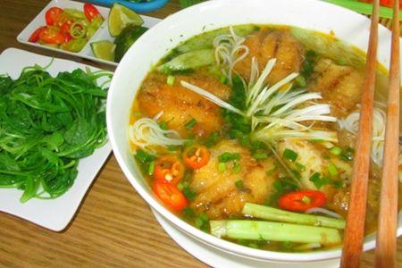 5 mon an gan san bay Tan Son Nhat duoc long du khach - Anh 4