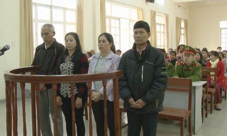 Lam Dong: Dung thu doan tinh vi lua dao chiem doat tai san, 4 doi tuong linh an - Anh 1