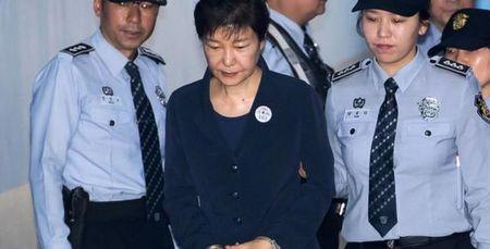 Han Quoc phat hien them tai lieu buoc toi cuu Tong thong Park Geun-hye - Anh 2