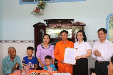 Lao dong nganh dien yen tam cong tac vi co cong doan - Anh 1