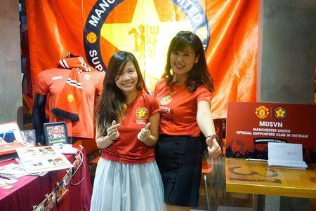 Man Utd cong nhan hoi CDV chinh thuc tai Viet Nam - Anh 3