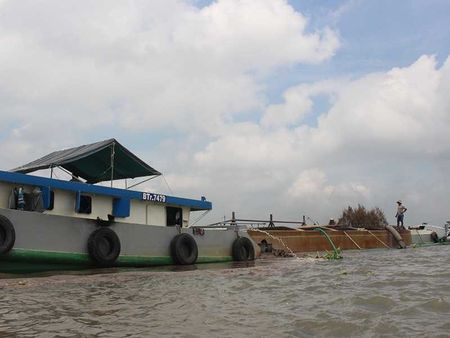 Luong cat thuong nguon ve Ben Tre ngay cang giam - Anh 1