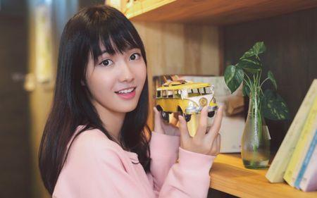 Lou Hoang, Suni Ha Linh, Jang Mi 'chay dua' cho show dien tai Han Quoc - Anh 1