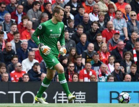 Liverpool ra quan tai Hong Kong, Salah se ho tro Sturridge - Anh 1