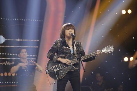 Khoe du tai le, cau be 12 tuoi gianh giai 300 trieu cua Vietnam Idol Kids - Anh 2