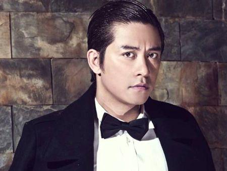 Mr Dam 'doi dau' Tuan Hung tai MTV EMA: Fan dong hon se gianh chien thang? - Anh 1