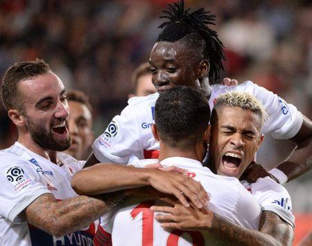 Rennes 1-2 Lyon: Show dien cua Depay va Mariano - Anh 10