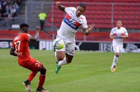 Rennes 1-2 Lyon: Show dien cua Depay va Mariano - Anh 4