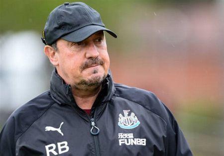 Benitez tich cuc chuan bi cho ngay tai xuat cua Newcastle - Anh 1