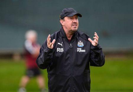 Benitez tich cuc chuan bi cho ngay tai xuat cua Newcastle - Anh 2