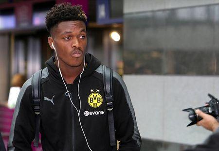Toi do Dembele khien cac cau thu Dortmund 'mat nhu dua dam' - Anh 4