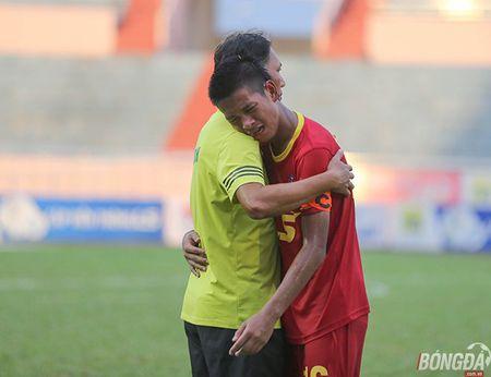 Chung ket U15 VDQG: Giot nuoc mat tiec nuoi cua nhung ' Hau due The Cong' - Anh 1