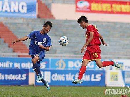 Chung ket U15 VDQG: Giot nuoc mat tiec nuoi cua nhung ' Hau due The Cong' - Anh 2