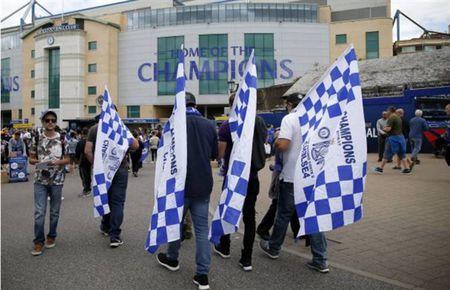 Morata nang ne le buoc toi Stamford Bridge - Anh 5
