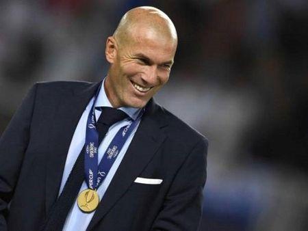 Zidane XAC NHAN gia han hop dong voi Real Madrid - Anh 1