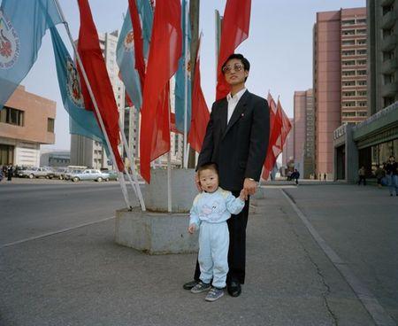 Binh Nhuong nam 1997 qua ong kinh nhiep anh gia Anh (1) - Anh 2